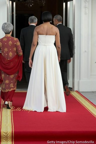 michelle-obama-state-dinner-prime-minister-of-singapore-3-600x900