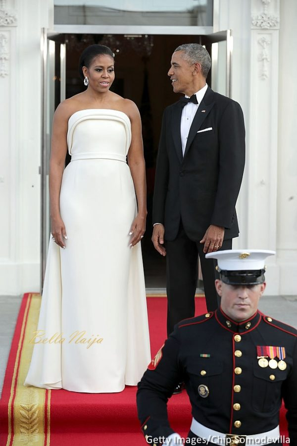 michelle-obama-state-dinner-prime-minister-of-singapore-4-600x900