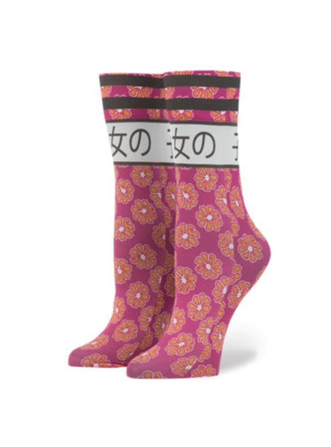 rihanna-stance-socks_screen-shot-2016-10-19-at-13-50-05_bellanaija